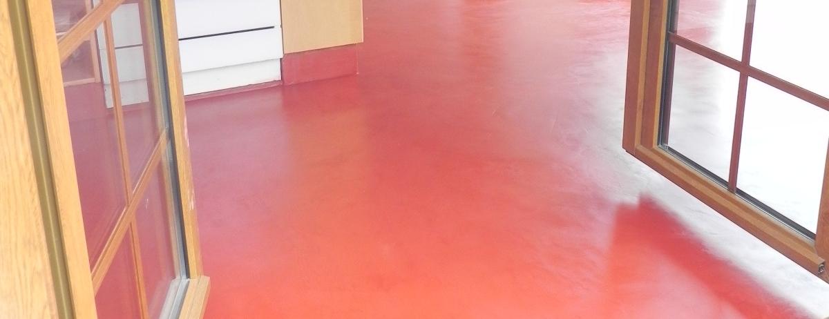 Cocina-suelo-rojo-teja